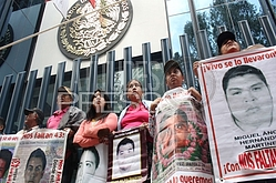 ACCIÓN GLOBAL POR AYOTZINAPA